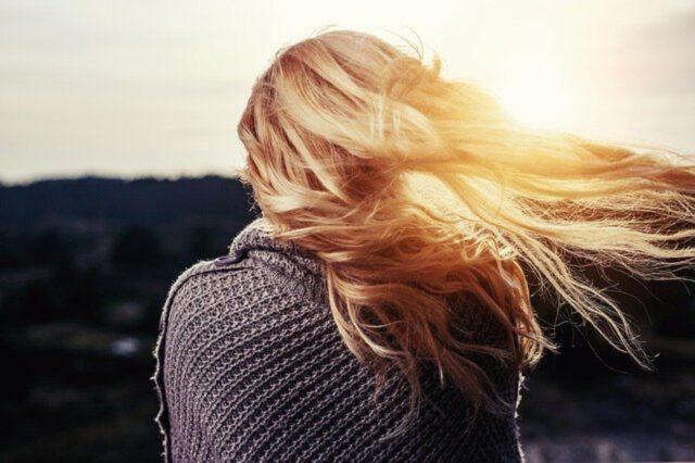 Lśniące włosy od zaraz